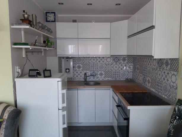 Mieszkanie kawalerka 26.5 m2 centum Oleśnica rynek po remoncie
