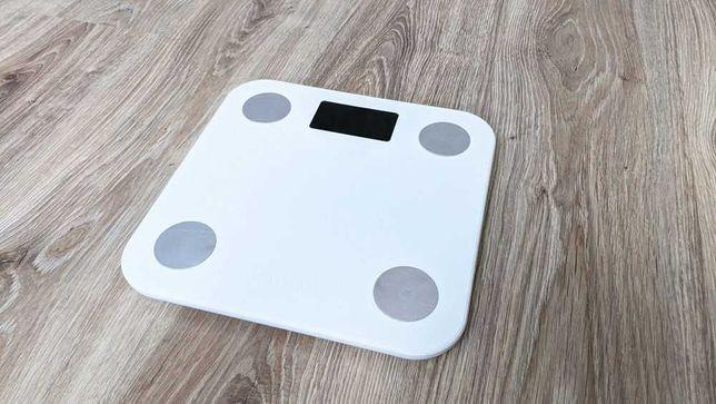 Умные весы электронные Yunmai Mini белые смартфон приложение