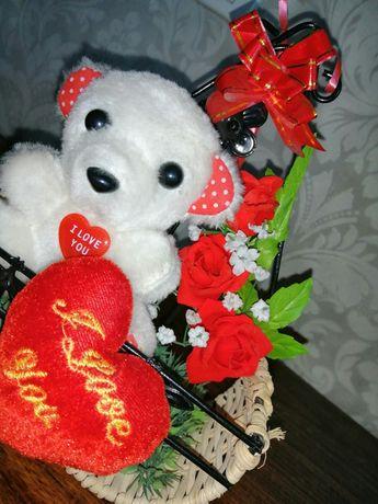 Подарунок для коханої дівчини