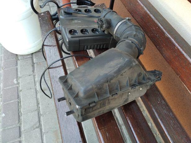 Корпус пов-го фільтра з датчиком повітря Крайслер Вояджер 2.5D