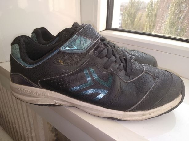 Кросівки ARTENGO (дитячі ts160 для тенісу - чорні) Decathlon.
