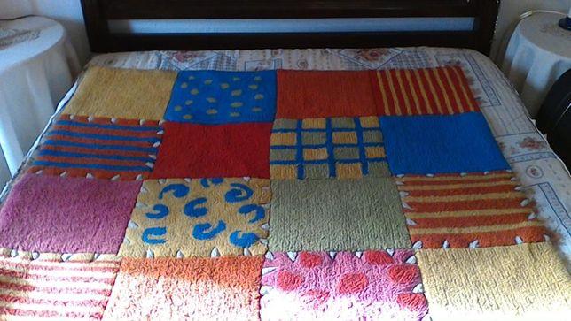 Carpete ladrilhos
