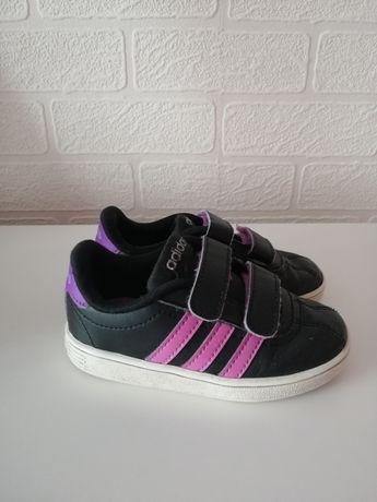 Buty Adidas r. 23