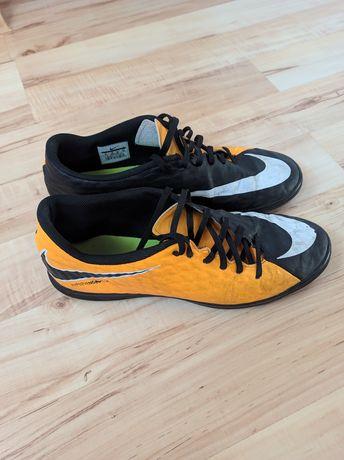 Sprzedam buty Nike hypervenom r.45