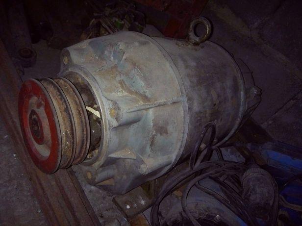 Двигатель-генератор П32М - 220V (4,2кВт)
