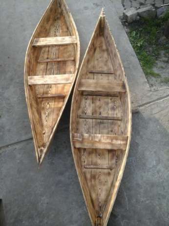 Продам деревянную лодку.