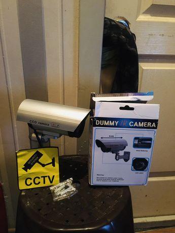 Муляж камеры видеонаблюдения, на батарейках. ( 2 шт. Пальчиковые)