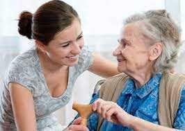 Cuido de idoso/a na minha residência familiar