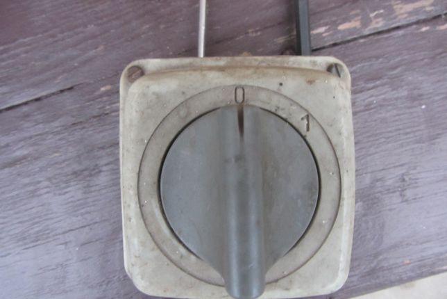 Wyłącznik 380 V 16 A