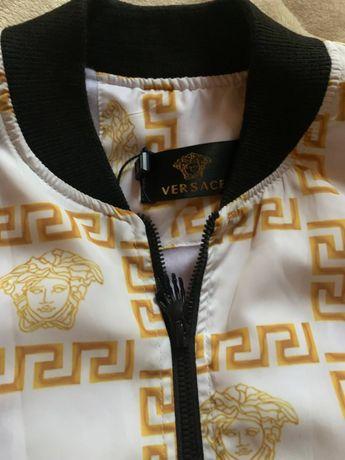Продам курточки moncler