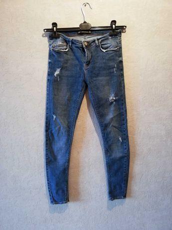 Spodnie Zara, rurki, dziury, roz. 38