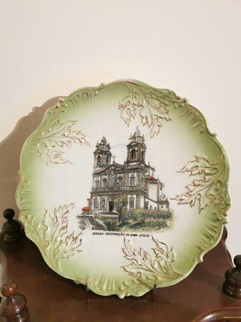 Grande prato em porcelana Vista Alegre - Bom Jesus (Braga)