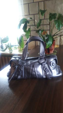 Oryginalna torebka DKNY srebrna na ramię, skóra naturalna. NOWA!