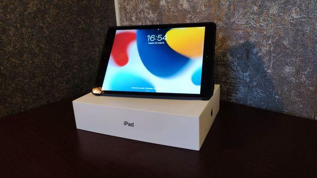 iPad 10.2 Ідеальний стан, повний комплект +якісний чохол, захисне скло