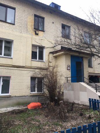 Продам двокімнатну квартиру, центр Білогородки