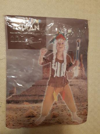 Vendo fato de carnaval de Índio