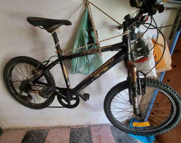 Bicicleta Mountain BlackStone Pneus 20