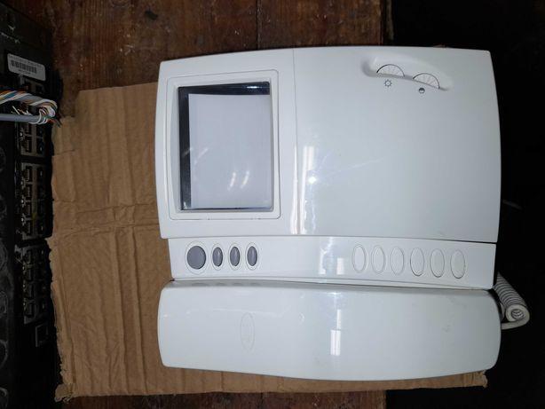 Monitor de video-porteiro BPT série 200 Lynea