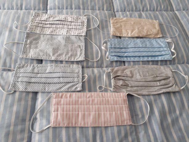 Máscaras de tecido e lenços de tecido