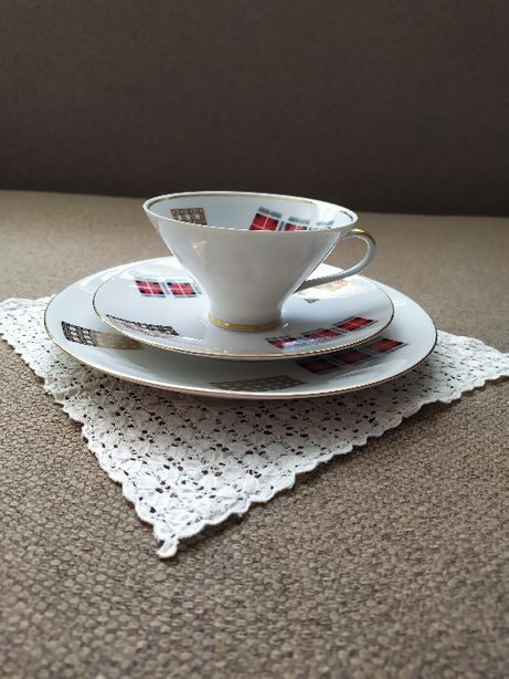 Porcelanowe TRIO kawowe w stylistyce ART DECO Filiżanka