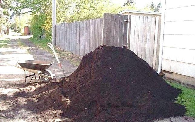 Песок чернозем доставка жби колец щебень отсев вывоз мусора со двора