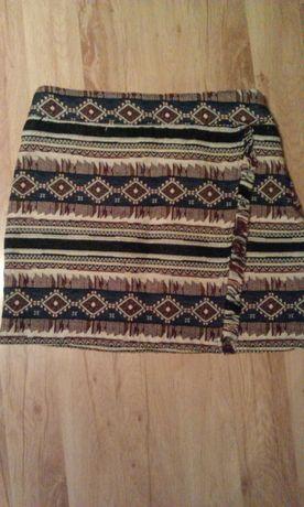 Spódnica w ciekawe wzory