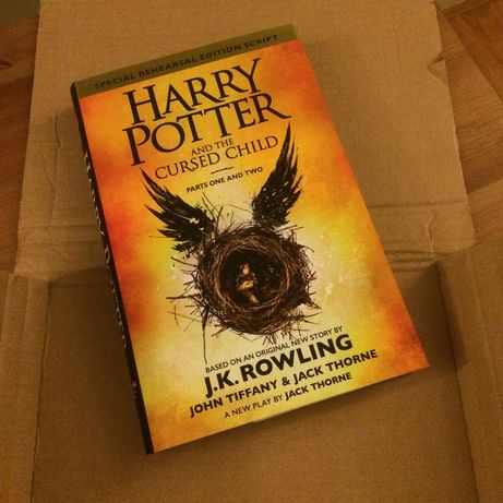 Книга Гарри Поттер и проклятое дитя/ Harry Potter and the cursed child