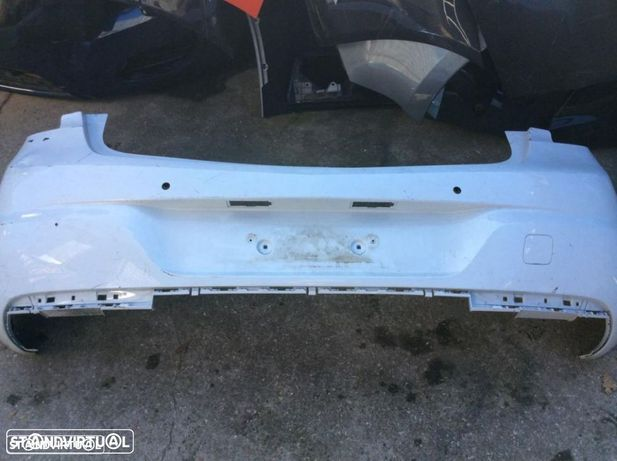 Parachoque Opel astra k