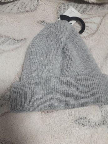 Шапка    зимняя, только кривой рог