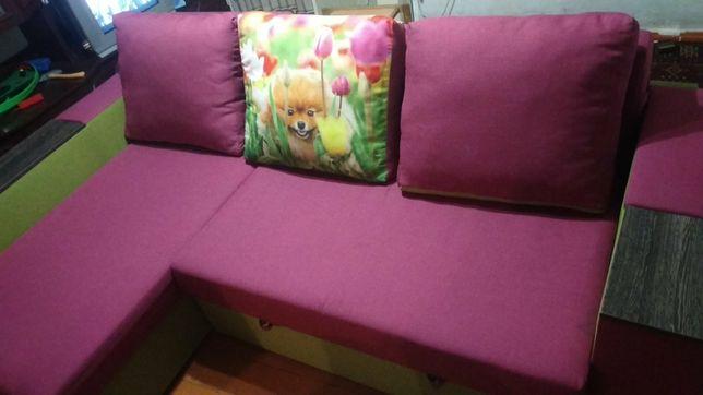 Продам диван срочно!