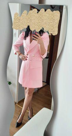 Sukienka a'la marynarka