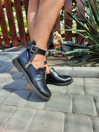 Туфли женские , кожаные туфли