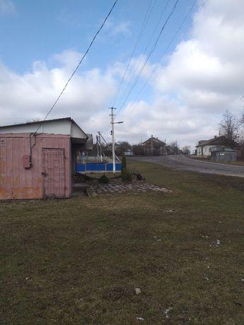 Продаю фасадну земельну ділянку в м.Тлумач