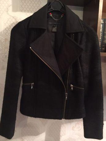 Продаю утеплённый шерстяной жакет-куртку