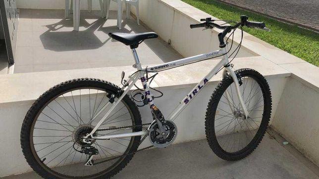 Bicicleta Sirla M26 4 velocidades.