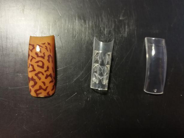 Tipsy do przedłużania paznokci