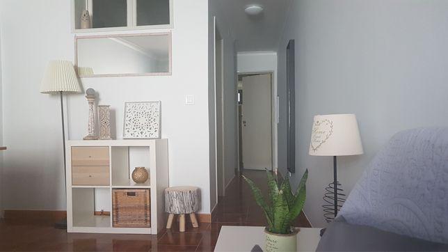Arrenda-se casa remodelada no centro de Lisboa
