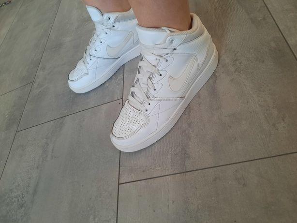 SUPER buty nike damskie r. 39