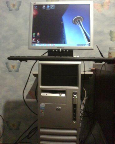 """Компьютер Dell Pentium 3.06Ггц, 2Гб RAM, 40 Gb HDD, 15""""ViewSonic"""