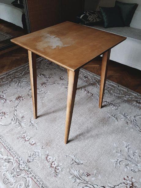 Drewniany stolik z lat 60-tych, PRL