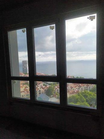 Двухкомнатная квартира с прямым видом на море на высоком этаже