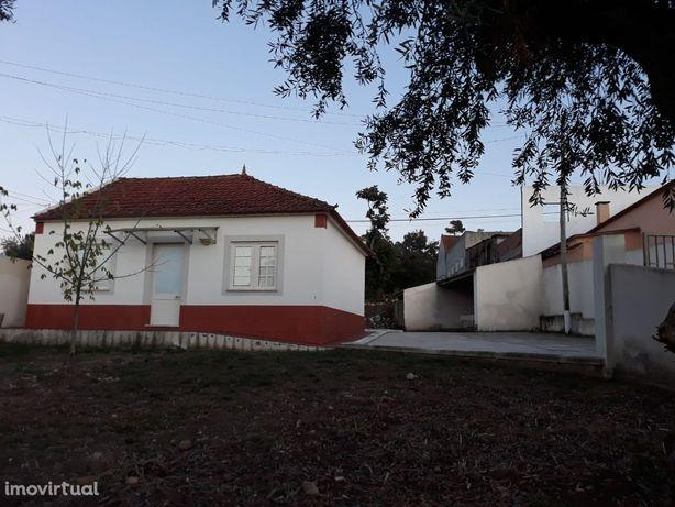 Moradia, 100 m², Asseiceira