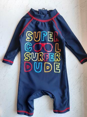 Плавательный костюм для ребенка от3 до 6 месяцев.Защита от солнечных л
