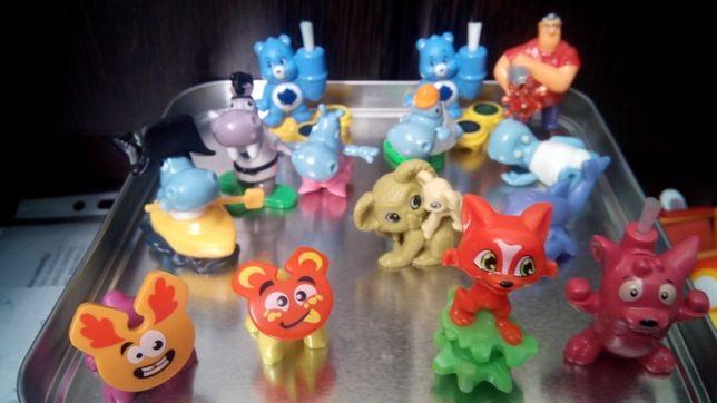 Киндер игрушки маша и медведь, смурфики, бегимоты