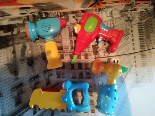 Zabawkowy komplet narzędzi