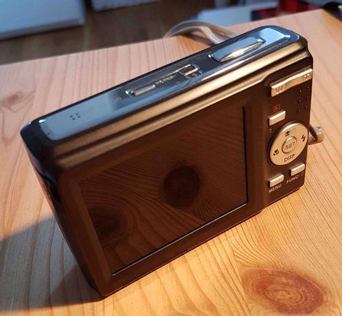 Aparat Benq 13Mpix, 3x zoom optyczny z pokrowcem i kartą 2Gb