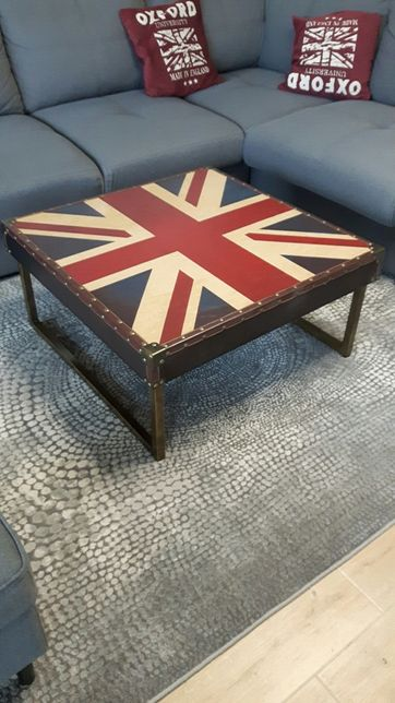 stolik do sofy z flagą ANGLII obraz gratis