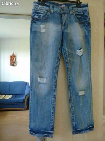 Dżinsy, spodnie jeansowe, boyfriendy