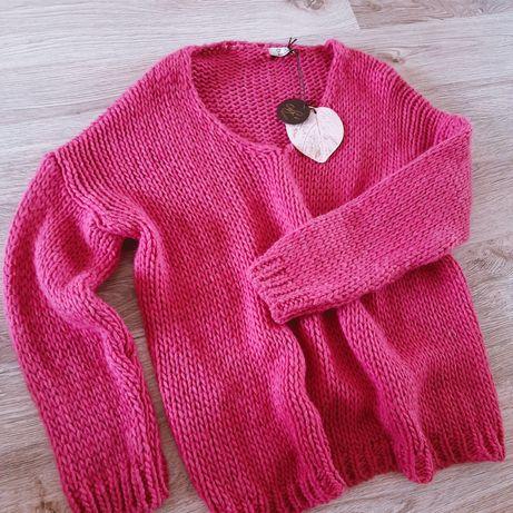 Różowy sweter. Sweterek róż