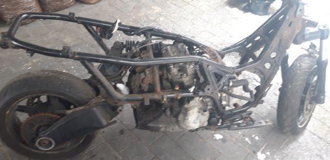 Gilera Gp 800 rok 2010 silnik plus koła wachacz